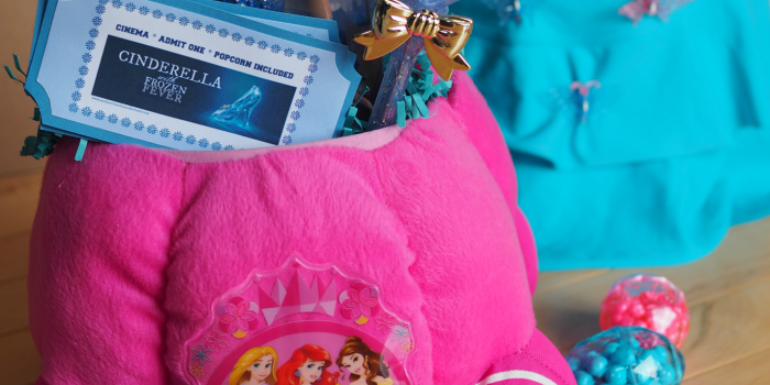 Cinderella-Inspired Easter {No Sew Easter Basket Tutorial and Printable}