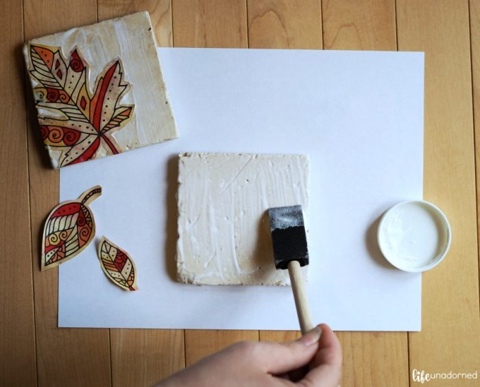 paint-sealer-on-the-stone-coasters
