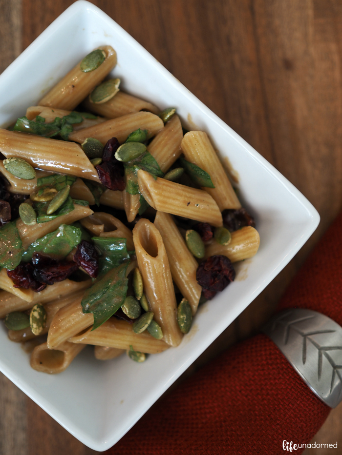 gluten-free-pasta-salad-with-spinach-cranberries-and-pumpkin-seeds-with-balsamic-dressing